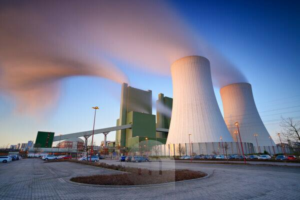 Germany, Saxony-Anhalt, Skopau, lignite power plant at sunrise