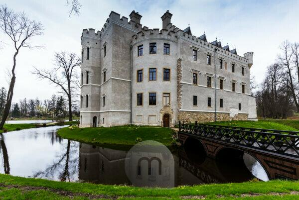 Europe, Poland, Lower Silesia, Karpniki Castle / Schloss Fischbach