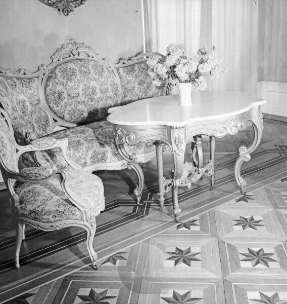 Sitting room suite, Germany 1930s.