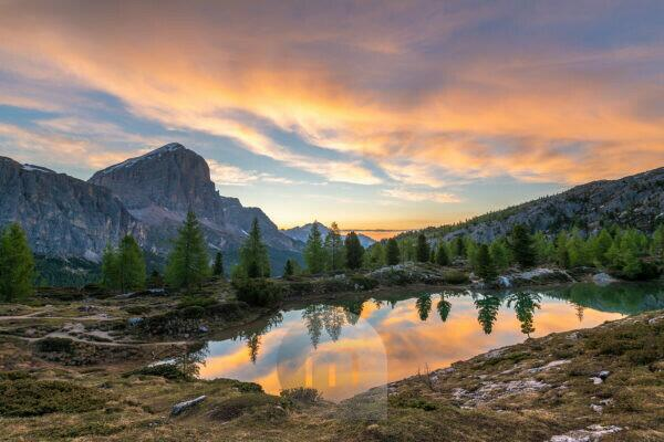 Sunrise at Lago di Limides, view of the Tofane, Dolomites, Italy